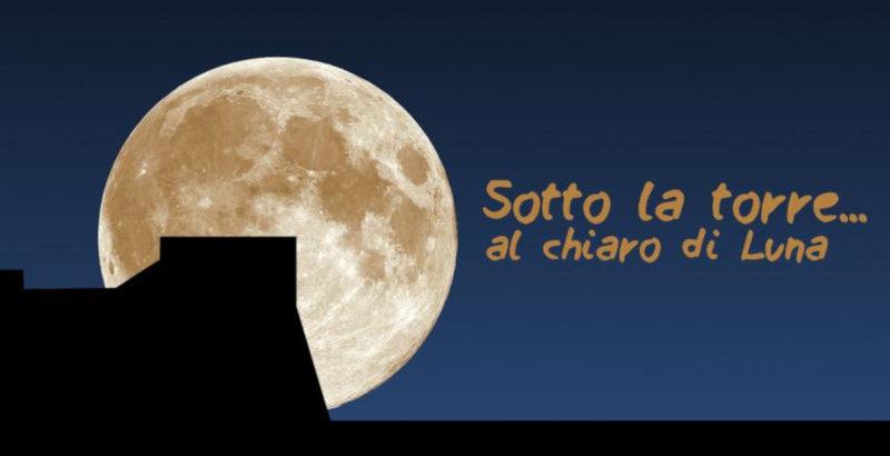 sotto la torre..al chiaro di luna